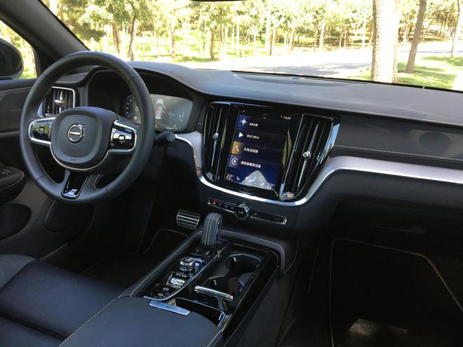 纵享速度与激情 试驾沃尔沃全新S60