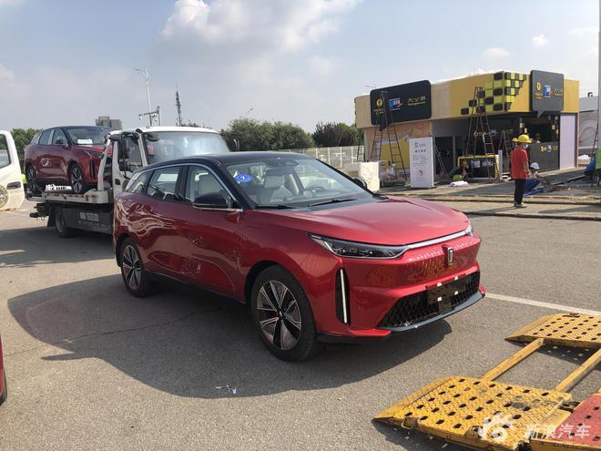 2020北京车展探馆:奔腾E01曝光