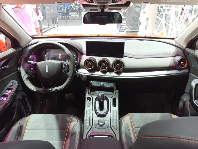 2020广州车展:新增元气橙配色,WEY VV5车展上市新车型