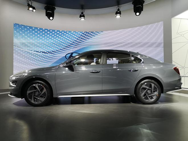 2020广州车展:全新现代名图首发,将有纯电版,明年一季度上市