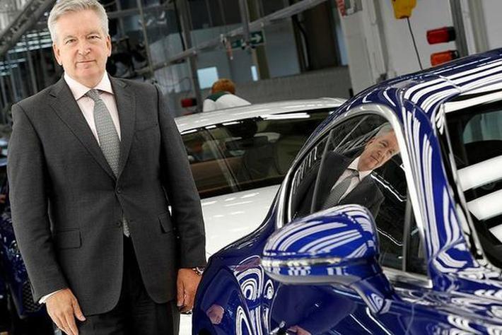 宾利CEO阿德里安·霍尔曼:将于2030年实现电动化转型
