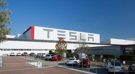 特斯拉加州工厂要复工!特朗普发声:支持马斯克
