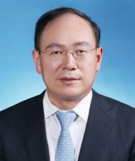 奚国华当选一汽轿车新任董事长 助力奔腾品牌腾飞