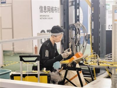 张洪豪在信息网络布线项目中脱颖而出,斩获桂冠。