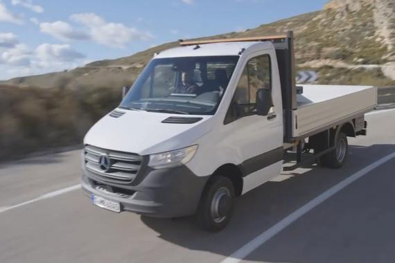 2018奔驰sprinter卡车版