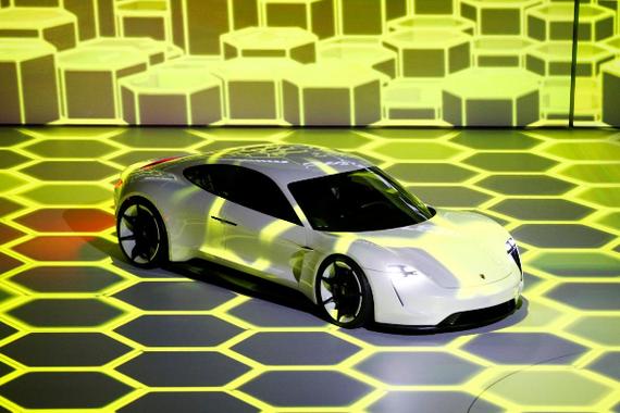 保时捷计划扩大电动车产量