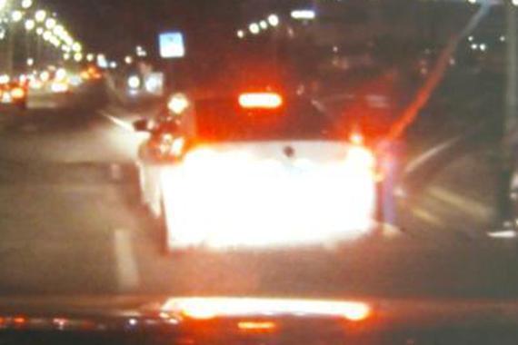 视频:孕妇驾车遭追尾,醉汉司机径直逃跑