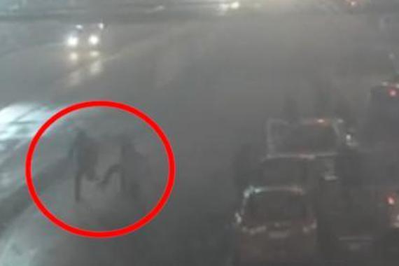 视频:酒驾司机的戏份真足啊!