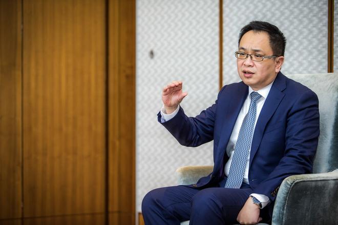 沃尔沃汽车集团大中华区销售公司总裁陈立哲在接受新浪汽车采访