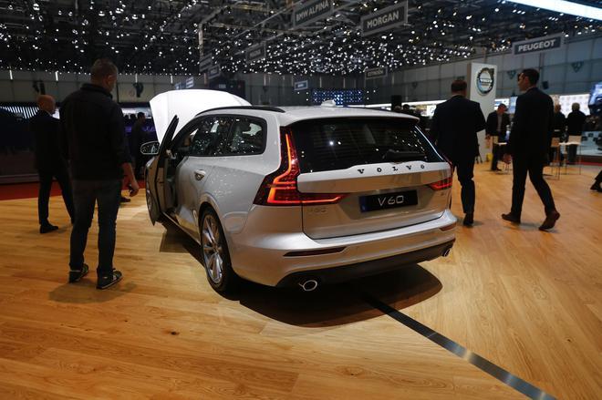 2018日内瓦车展:沃尔沃全新V60正式亮相