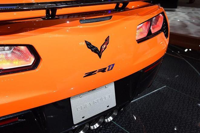 2017洛杉矶车展:科尔维特ZR1敞篷版亮相