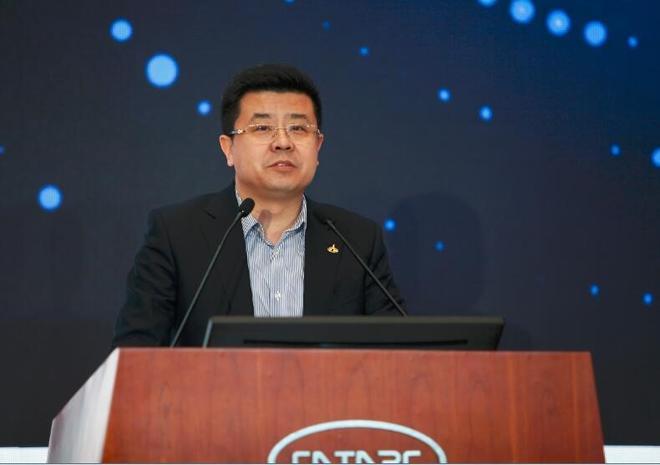 国家轿车质量监督检验中心副主任王铁发言