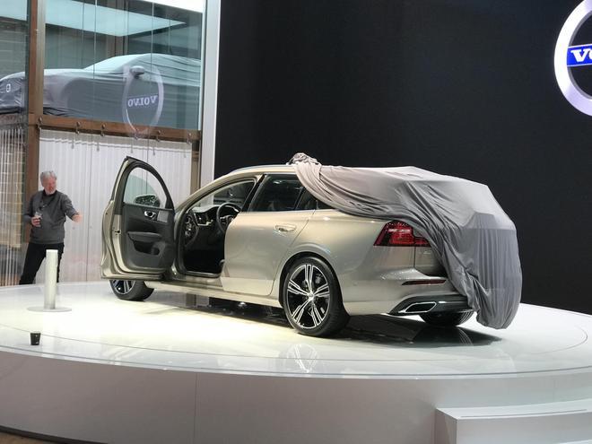 2018日内瓦车展探馆:沃尔沃全新V60亮相