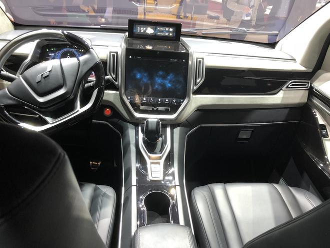 艾康尼克首款全电动MPV车型ICONIQ SEVEN欧洲首秀