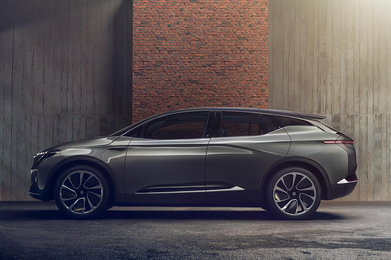 2018CES:拜腾电动车全球首发 预售30万起