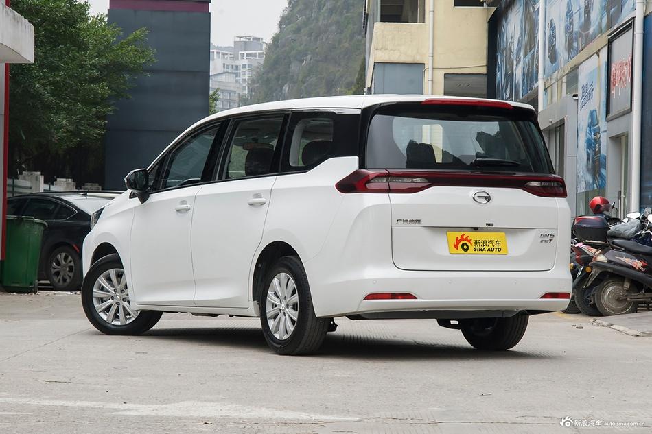 2019款传祺GM6 1.5T 自动豪华版7座270T国VI