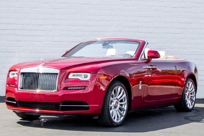 汽车美图抢先看:Rolls-Royce Dawn 霸气耀眼