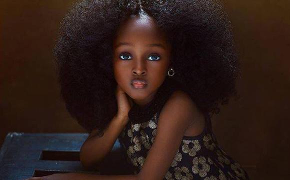 """五岁的""""全球最美女孩""""令世界沸腾了"""