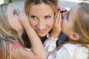 倾听是与孩子良好沟通的前提
