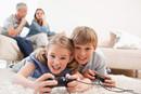 逼孩子学习和放任孩子玩耍 究竟哪个更残酷?