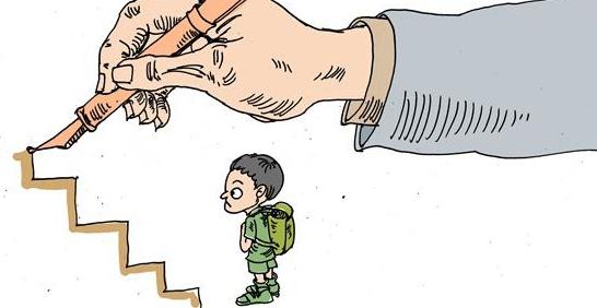 父母包办会导致孩子缺乏主见,长大后什么样