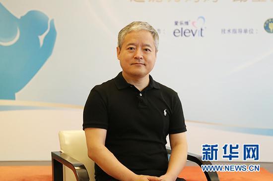 知名妇产科专家、上海市第一妇婴保健院原院长段涛教授接受新华网采访