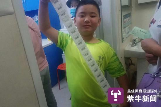 路子宽在医院做了很多检查。