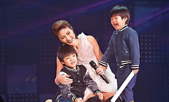 陈慧琳打算送2个儿子去外国读书