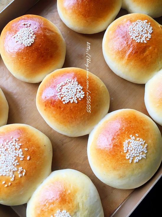 酸奶红豆面包