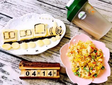 就让不少小朋友羡慕:因为她的妈妈,每天早上给她做的早餐,颜值非常高图片