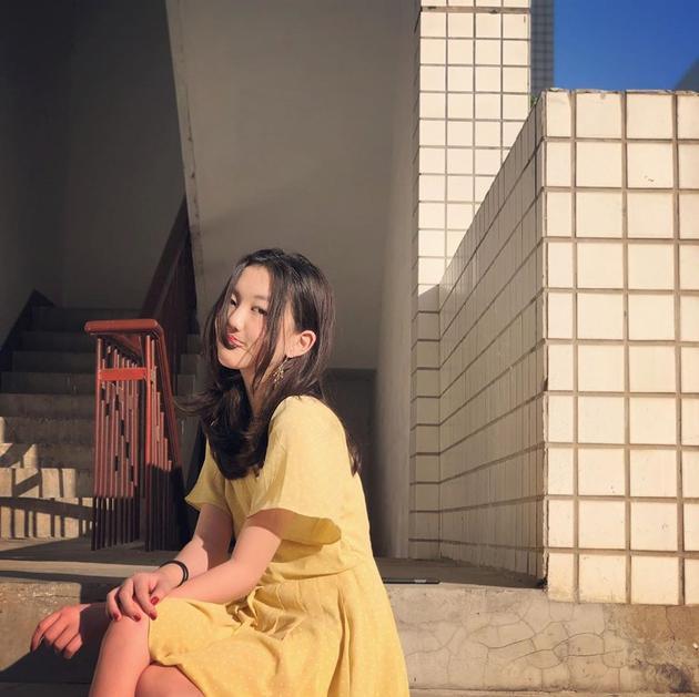 13岁李嫣超会打扮