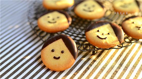 卡通娃娃饼干