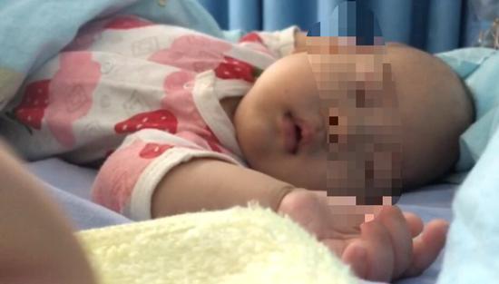 3月婴儿被错输药物。受访者供图