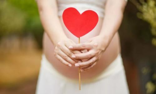 胎教更能激发右脑潜能