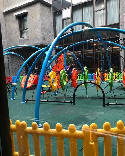 室外儿童娱乐场