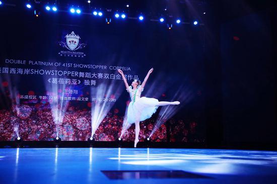 美国SHOWSTOPPER舞蹈大赛现场还原