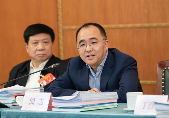 全国人大代表、卓尔控股董事长阎志