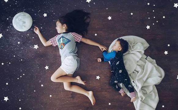 摄影师母亲PS孩子照片唯美有趣