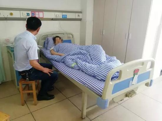 朱女士住院