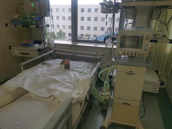 儿童医院的重症监护室