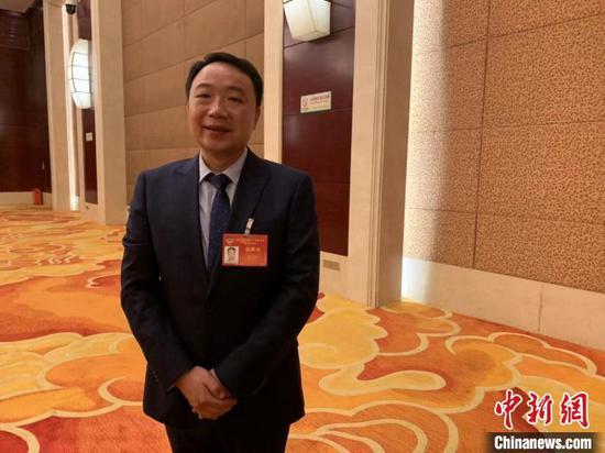图为湖北省政协委员陈光军 武一力 摄