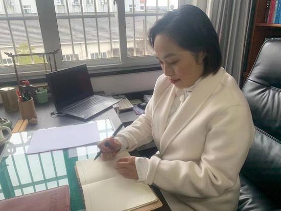 六一班语文老师徐新利