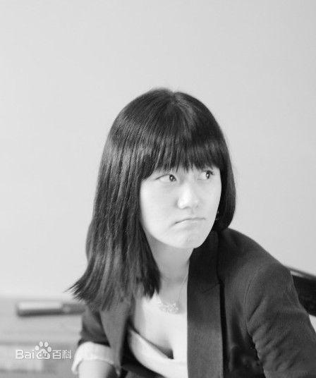 王咪,女,生于1988年,[1]  《艺术财经》杂志编辑,文坛大佬王朔的女儿。