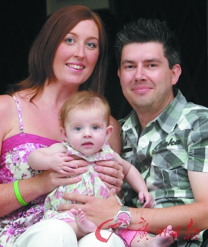 2012年,英国一名人工去除遗传病基因的宝宝出生。CFP供图