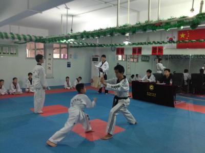 7岁小孩学跆拳道被打骨折 高年级学生下重手(资料图)