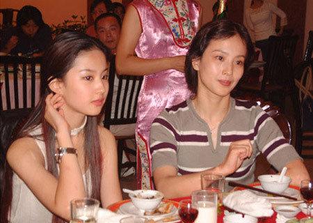 刘亦菲和妈妈