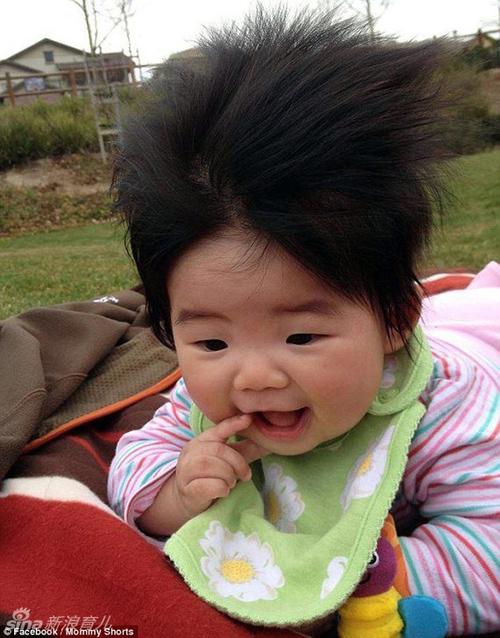 点击查看高清组图:最奇葩宝宝发型笑喷全场