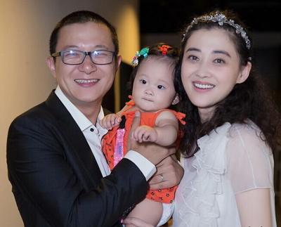 梅婷老公与女儿