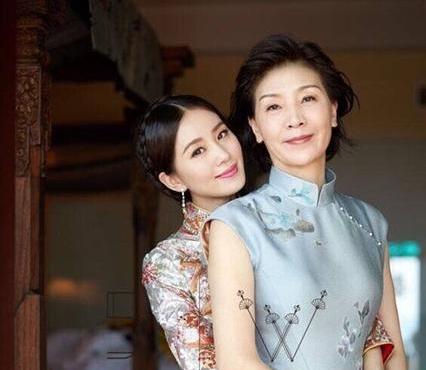 刘诗诗和妈妈