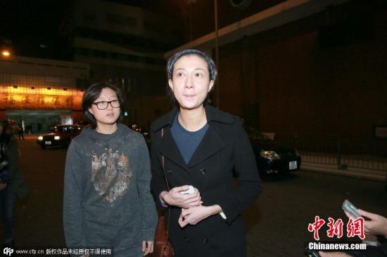 图为吴绮莉及女儿吴卓林。图片来源:CFP视觉中国